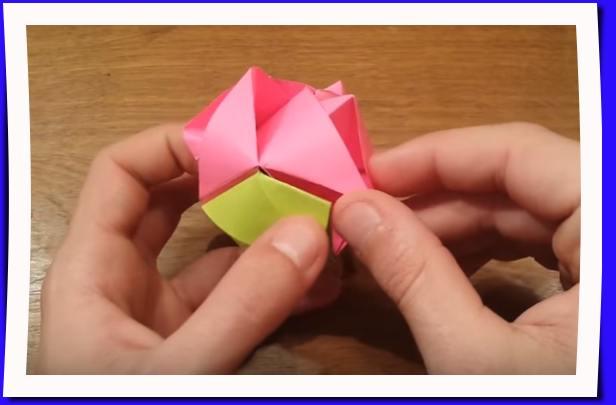 Cubo rosa Origami
